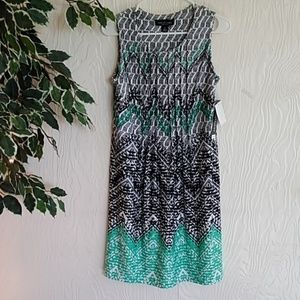 NWT! Perceptions patterned swing dress small